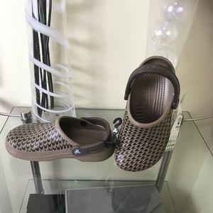 CROCS Classic Clogs Shoes Khaki Limited NEW RARE